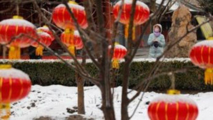 Ο έρωτας στα χρόνια του κοροναϊού: θλιβερός Άγιος Βαλεντίνος στην Κίνα