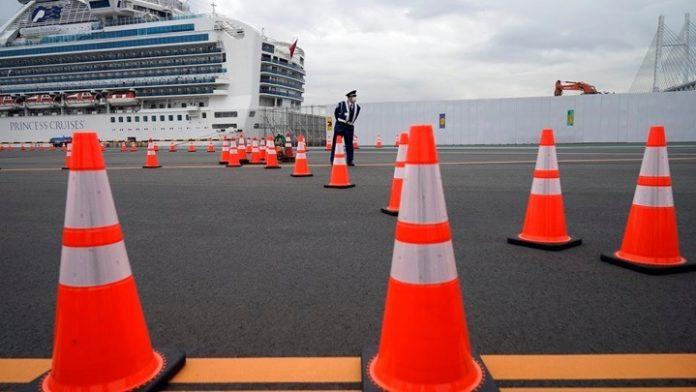 Οι ΗΠΑ θα αποστείλουν αεροσκάφος στην Ιαπωνία για να απομακρύνει τους Αμερικανούς επιβάτες από κρουαζιερόπλοιο που είναι σε καραντίνα