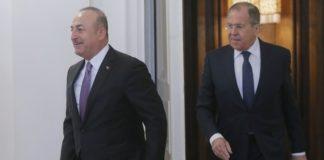 Οι ΥΠΕΞ Λαβρόφ και Τσαβούσογλου θα συναντηθούν την Κυριακή στο Μόναχο εν μέσω των εντάσεων στη Συρία