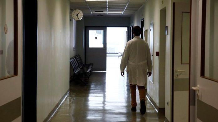 ΠΟΕΔΗΝ: Το ΑΧΕΠΑ αντιμετωπίζει με ιδιαίτερη ψυχραιμία την κατάσταση μετά τη διάγνωση του κρούσματος κοροναϊού