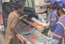 Πακιστάν: 30 νεκροί σε σύγκρουση τρένου με επιβατικό λεωφορείο