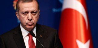 Στο χαμηλότερο επίπεδο των 17 τελευταίων ετών τα ποσοστά του κόμματος του Ερντογάν