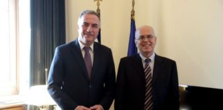 Συνάντηση του Γ.Γ. της Κ.Ο. της Ν.Δ. Σταύρου Καλαφάτη με τον Πρέσβη του Ισραήλ στην Ελλάδα Yossi Amrani