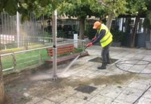 Συνεχίστηκε ο καθαρισμός δημόσιων χώρων από τον δήμο Αθηναίων σε Παγκράτι-Δουργούτι