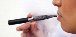 Το άτμισμα ηλεκτρονικού τσιγάρου αλλάζει το μικροβιακό οικοσύστημα του στόματος