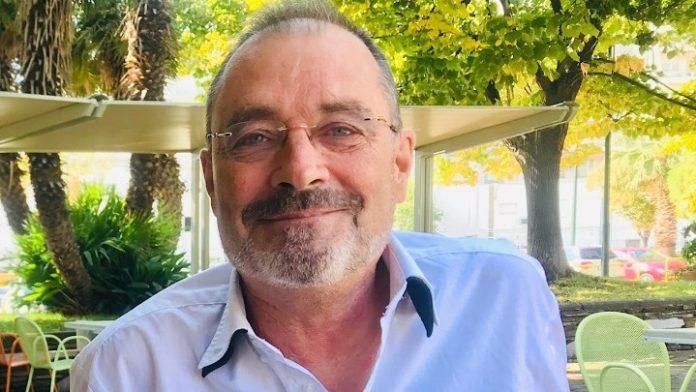 Ζαν Κριστόφ Εον: Η Ελλάδα με εμπνέει για ζωή, αγάπη, και συγγραφή