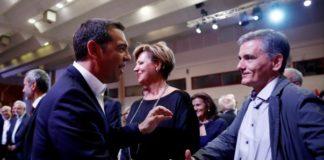 Οι προεδρικοί αποδομούν Τσακαλώτο