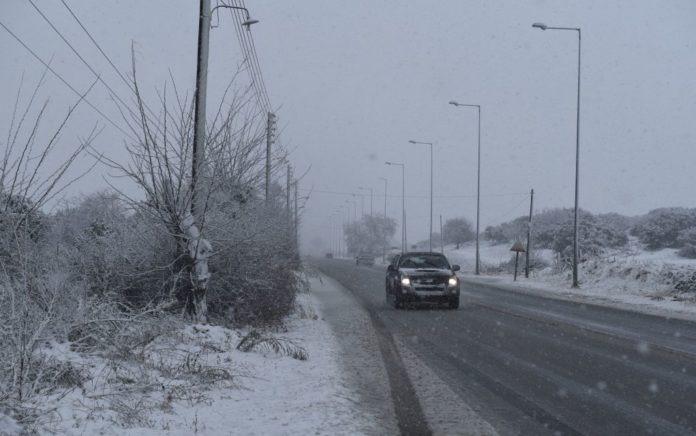 Κλειστός ο δρόμος Χορτιάτη-Αγ. Βασιλείου λόγω χιονιού και παγετού