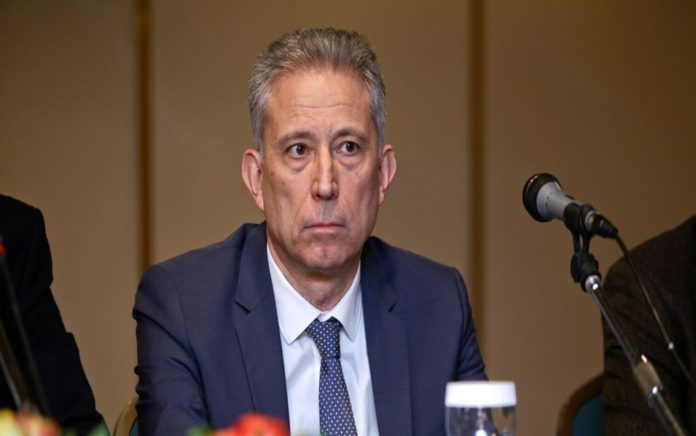 Κ. Χρυσόγονος: «Το ελληνικό κράτος πάει με το κάρο»