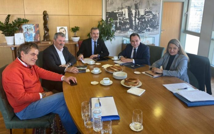 Συνάντηση Ζέρβα με τον υφυπουργό Ψηφιακής Διακυβέρνησης