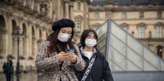 Γαλλία: Συνεχίζεται η μείωση του αριθμού των νοσηλευομένων