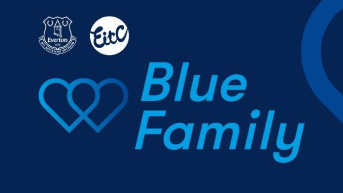 «Blue Family» και προπόνηση στο σπίτι για την Έβερτον