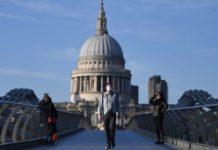 Βρετανία: Αρχίζει η σταδιακή επαναλειτουργία σχολείων και καταστημάτων