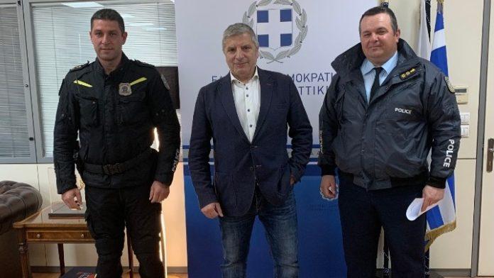 Είδη ατομικής προστασίας στην Τροχαία Αττικής από την Περιφέρεια Αττικής