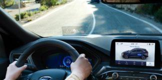 H τεχνολογία Road Edge Detection της Ford βοηθά τους οδηγούς να αποφύγουν τις εξόδους από το δρόμο