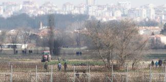 Η Άγκυρα εκκενώνει την περιοχή του Έβρου από χιλιάδες πρόσφυγες και μετανάστες που παρέμεναν στην περιοχή της συνοριακής πύλης του Παζάρκουλε