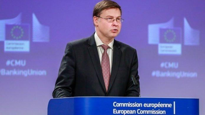 Η ΕΕ είναι έτοιμη να αναστείλει τους δημοσιονομικούς κανόνες, λέει ο Ντομπρόβσκις