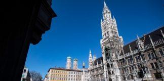 Κορονοϊός: Η Βαυαρία παρατείνει τα μέτρα - Μάρκους Ζέντερ: Απειλείται μαζική υποτροπή