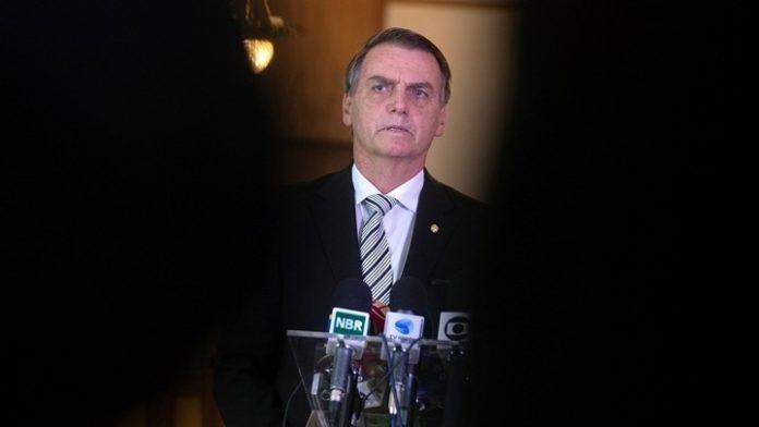 Μπολσονάρου  «Έγκλημα» τα μέτρα για να αποτραπεί η εξάπλωση της πανδημίας