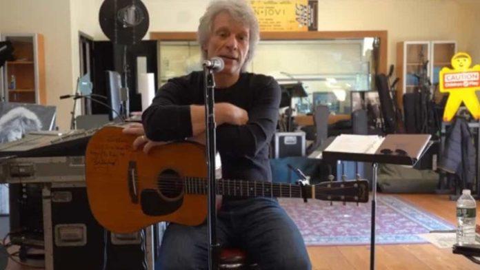 Ο Τζον Μπον Τζόβι γράφει ένα τραγούδι για το ξέσπασμα του κορονοϊού