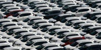 Ο οίκος Moody's αναθεωρεί προς τα κάτω τις προβλέψεις του για τις παγκόσμιες πωλήσεις αυτοκινήτων