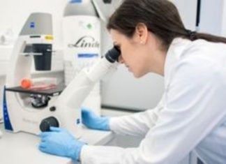 Οι Sanofi και Regeneron επεκτείνουν εκτός ΗΠΑ κλινική δοκιμή δυνητικής θεραπείας της Covid-19