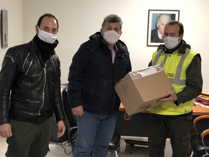 Μάσκες στη δημοτική αστυνομία Κορδελιού – Ευόσμου από την Οικοδομική Αλεξανδρίδη