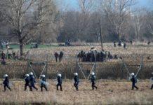Έβρος: Πληροφορίες για 6.000 μετανάστες στα σύνορα