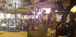 Θεσσαλονίκη: Χαμός στα καφέ πριν το «λουκέτο» (pics)