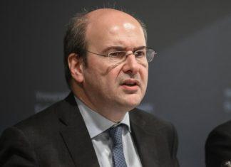 Χατζηδάκης: «Θα υπάρξουν κίνητρα με ένα ειδικό πρόγραμμα, η έκπτωση είναι σταθερή»
