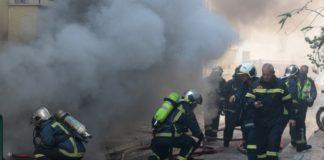 Ένας νεκρός από φωτιά σε ημιυπόγειο διαμέρισμα στην Καλαμαριά