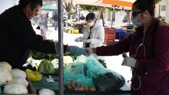 Θεσσαλονίκη: Ξεκινά η διάθεση κουπονιών σε πολύτεκνους για δωρεάν αγορές από λαϊκές