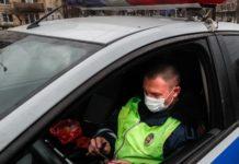 Ο Δήμαρχος της Μόσχας ενέκρινε την επιβολή προστίμων ύψους έως 5.000 ρουβλίων για τους πολίτες που παραβιάζουν τους περιοριστικούς όρους