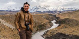Ο Κρις Μπέρκαρντ καταγράφει τα παγετώδη ποτάμια της Ισλανδίας σε ένα νέο βιβλίο