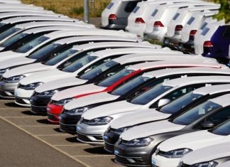 Ο κορονοϊός «γκρέμισε» τις πωλήσεις αυτοκινήτων