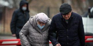 Το 70% των Ρώσων περιόρισαν τις επαφές τους με άλλα άτομα εξαιτίας του κορονοϊού