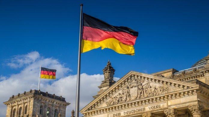 Το Βερολίνο επικρίνει τα έκτακτα μέτρα της κυβέρνησης της Ουγγαρίας