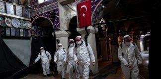 Τουρκία: 67χρονος καθηγητής ο πρώτος νεκρός στις τάξεις της ιατρικής κοινότητας