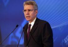 Τζ. Πάιατ: Εξαιρετικά ικανή, τεχνοκρατική προσέγγιση έχει επιδείξει η κυβέρνηση στην πρόκληση του κορονοϊού