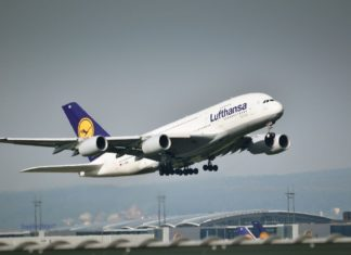 ΙΑΤΑ: Αύξηση της αεροπορικής κίνησης κατά 30% το Μάιο