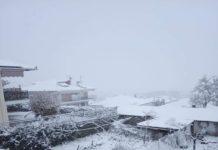 Φλώρινα: Χιονίζει ασταμάτητα στα χωριά του νομού