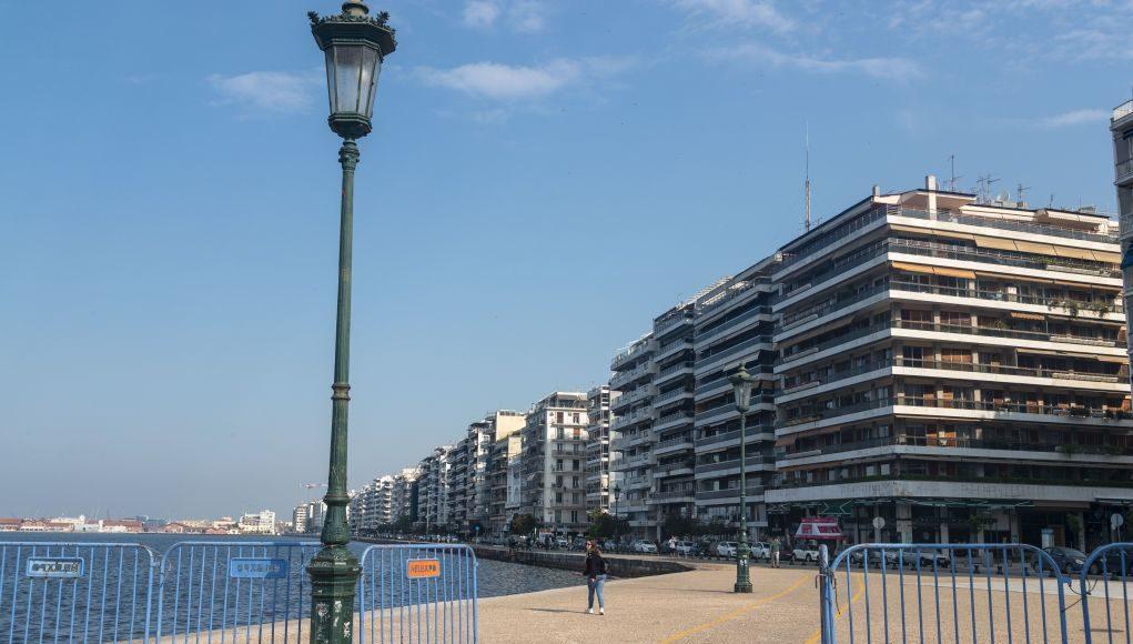 Ανοικτή η νέα παραλία Θεσσαλονίκης