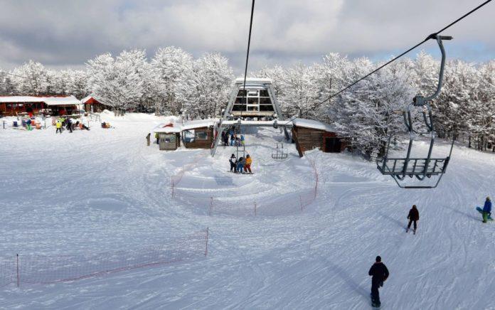 Κορονοϊός: Οριστικό «λουκέτο» στα Χιονοδρομικά Κέντρα Παρνασσού και Βόρα - Καϊμακτσαλάν