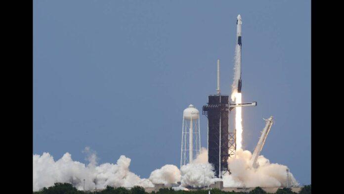 SpaceX: Μόλις εκτοξεύτηκε επανδρωμένη αποστολή προς τον ISS