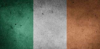Ιρλανδία: Έκκληση να μη γίνουν διακοπές στο εξωτερικό