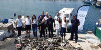 Δ. Καλαμαριάς: Εθελοντικός καθαρισμός της λιμενολεκάνης των ψαράδων στην Αρετσού