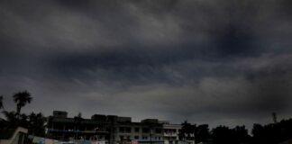 Ινδία - Μπαγκλαντές: Φονικός αποδείχθηκε ο κυκλώνας Αμφάν (vd)