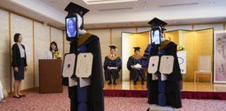 Ιαπωνία: Αποφοίτηση με… ρομπότ να αντικαθιστούν τους φοιτητές!