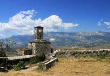 Αλβανία: Άνοιξαν χερσαία σύνορα, πάρκα, παραλίες και γυμναστήρια