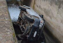Τρίκερι: Τραγωδία με δύο νεκρούς από «βουτιά» αυτοκινήτου σε γκρεμό